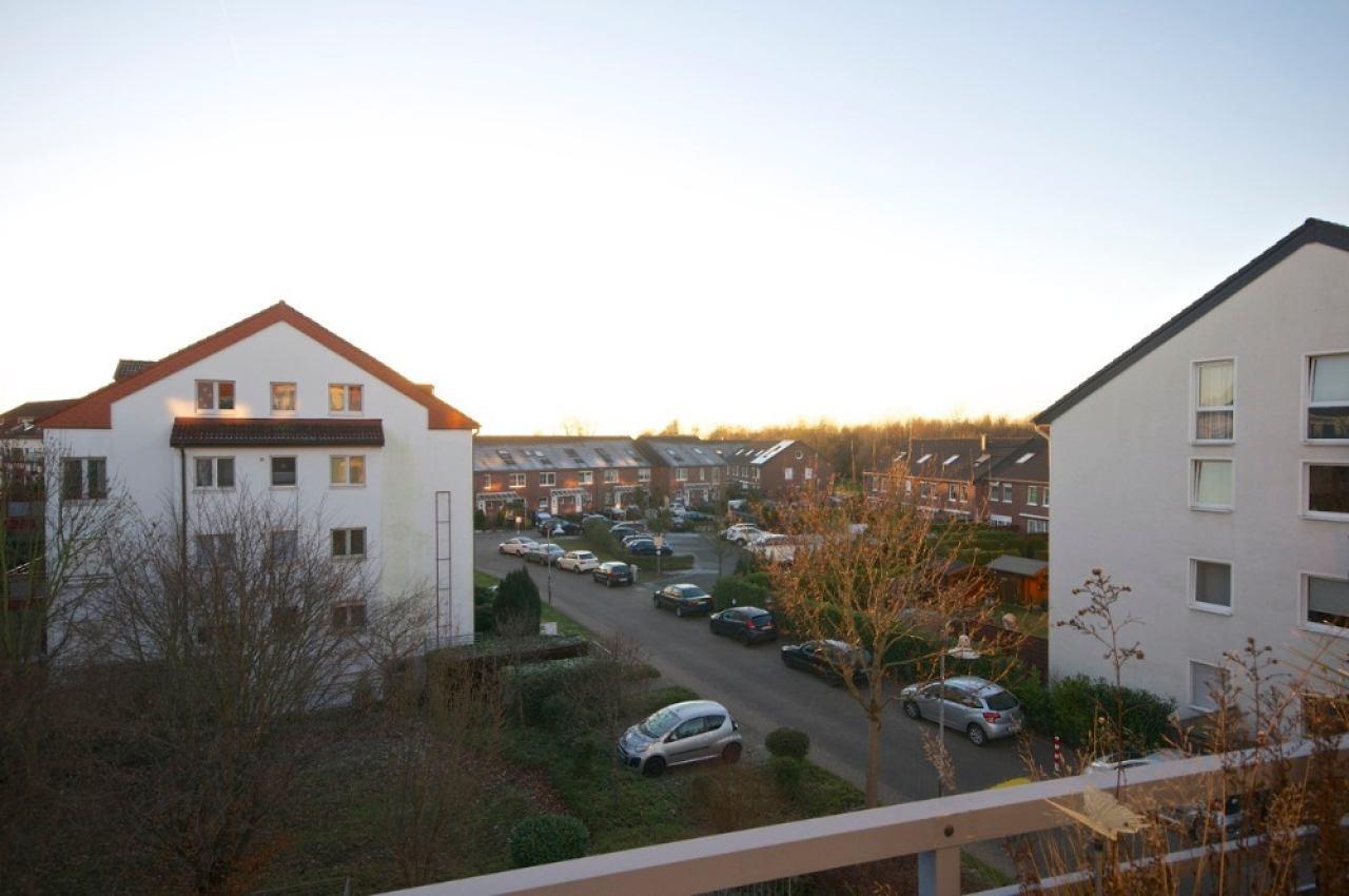 Wohnung zum kauf in ratingen breitscheid neuwertige for Immobilien wohnung